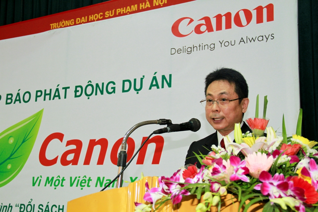 Chương trình Đổi sách cũ lấy túi thân thiện môi trường Canon 2010